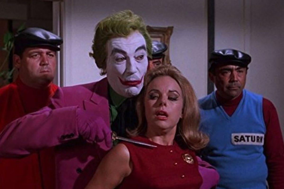"""El icónico actor de Hollywood interpretó a este personaje durante la serie de televisión """"Batman"""" Foto:IMDB"""