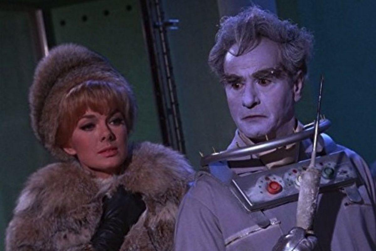 """En la década de los 60, El actor Eli Wallach (""""El Bueno, el feo y el malo"""") actuó como """"Mr. Freeze, un criminal que congelaba a sus víctimas Foto:IMDB"""
