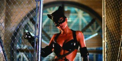 """En 2004, Halle Berry protagonizó la versión más """"hot"""" de """"Catwoman"""" Foto:IMDB"""