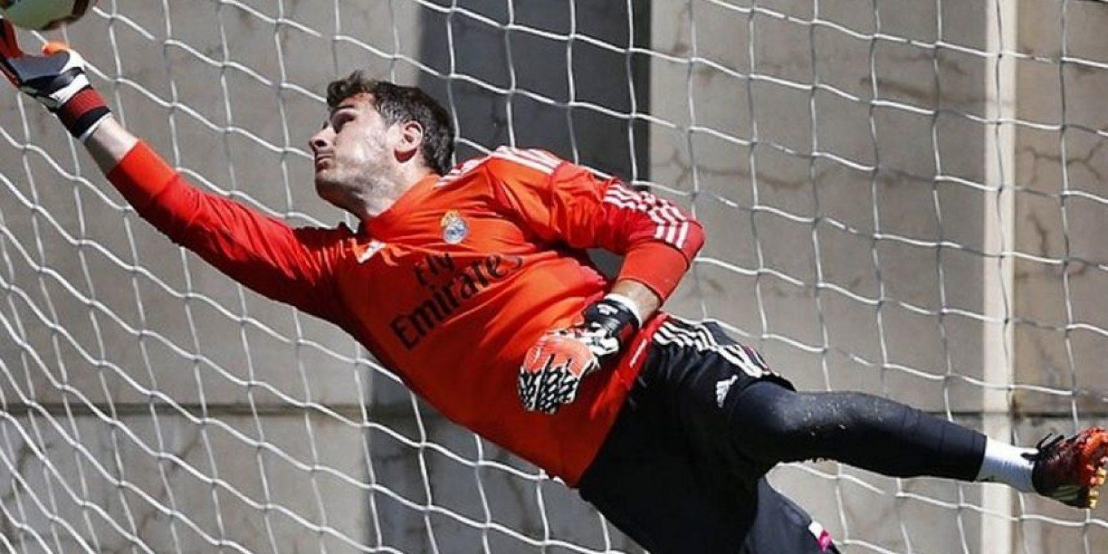 El portero confundió el día en el que el Madrid cerrará la temporada en la Liga de España Foto:Vía instagram.com/ikercasillasoficial