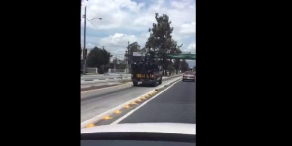 VIDEO. Usuario reporta autopratrulla de la PNC sobrecargada en Aguilar Batres