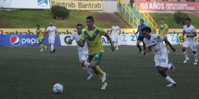 Comunicaciones cae 0-2 ante Petapa en su fiesta por hexacampeonato