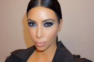 Kim Kardashian presumió el gran parecido que tiene con las hermanas Jenner. Foto:Instagram/KimKardashian