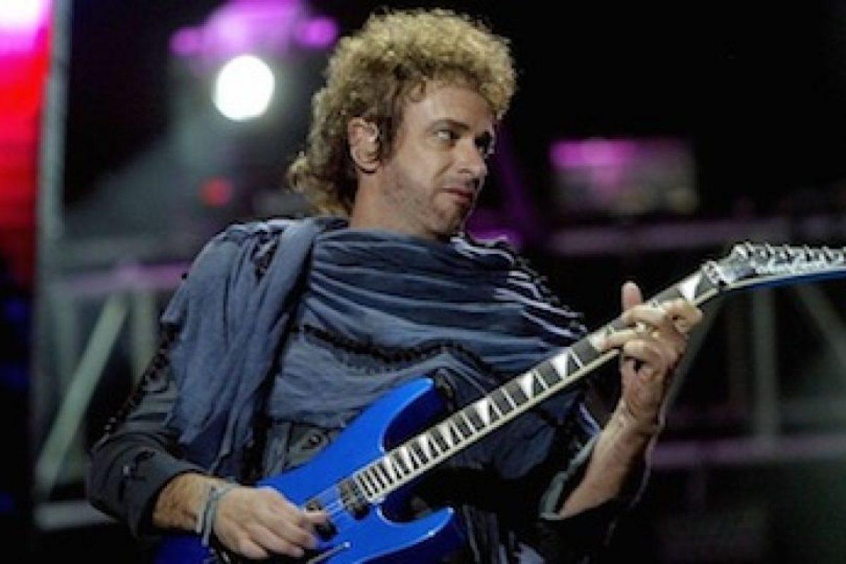 Tras la separación de la banda, el cantautor lanzó su carrera como solista. Foto:Facebook/SodaStereo