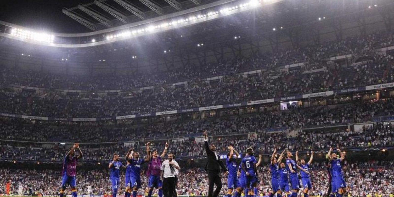Cuando el árbitro marcó el final en el Bernabéu, la fiesta comenzó para Juventus.. Foto:Vía twitter.com/juventusfc