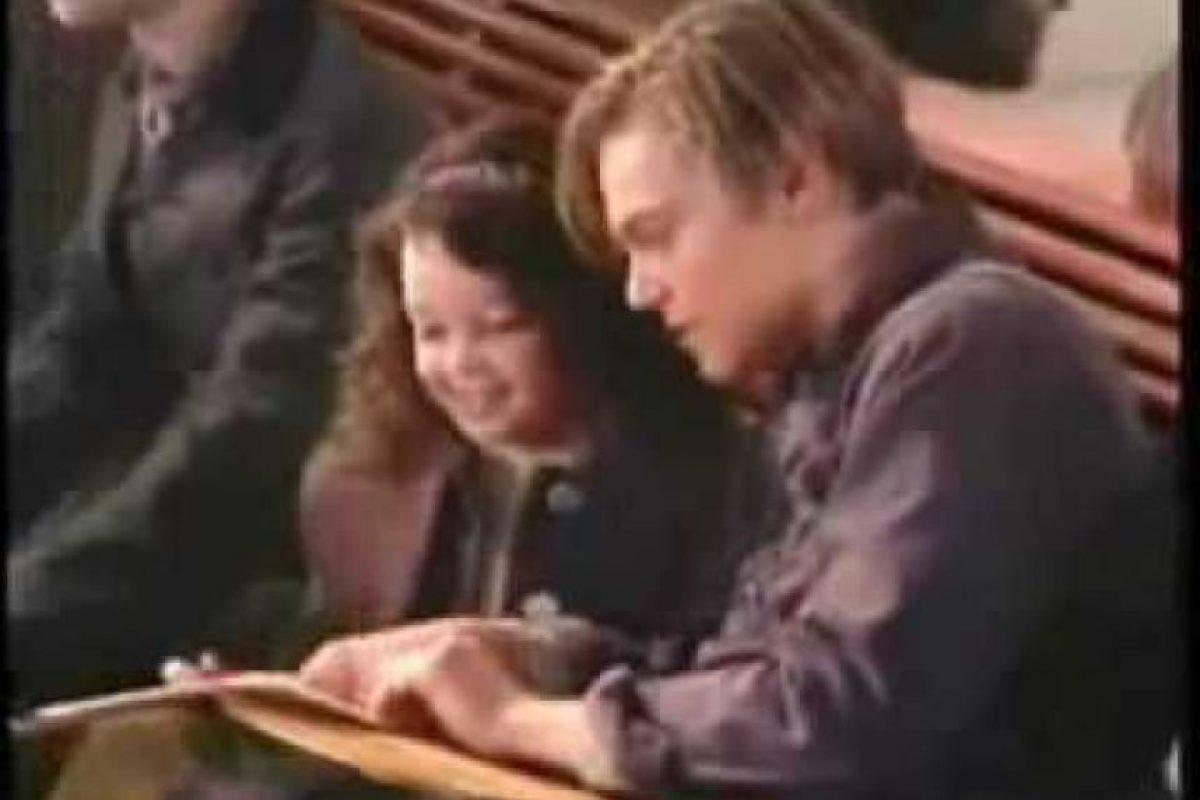 """Interpretó a la pequeña """"Cora Cartmell"""", una niña que logra viajar en el """"Titanic"""" como parte de la tercera clase del barco. Foto:vía YouTube"""