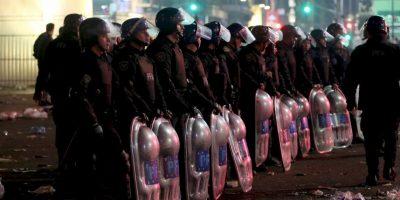 Fue tan grave la agresión a la casa que la policía argentina tuvo que intervenir. Foto:Getty Images