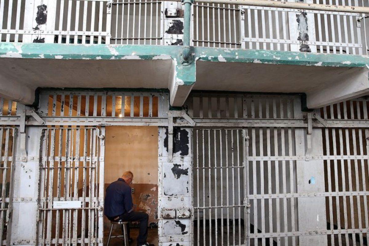 Entre los presos que estuvieron en la isla ubicada en la Bahía de San Francisco, California, en los Estados Unidos, están Al Capone y Robert Stroud. Foto:Getty Images