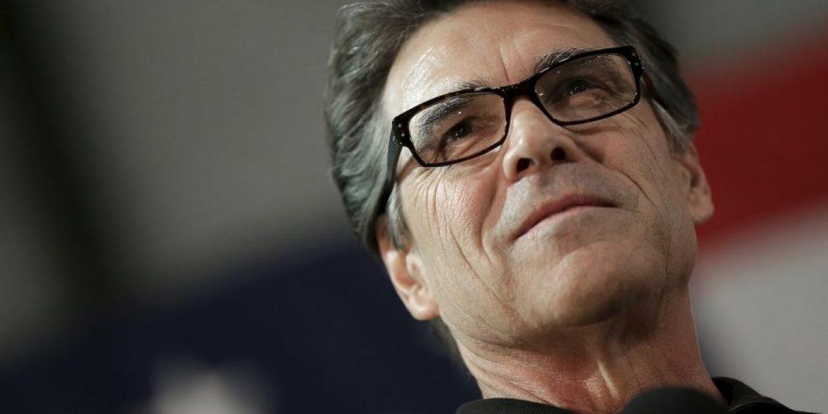 Rick Perry fuera del debate de precandidatos republicanos
