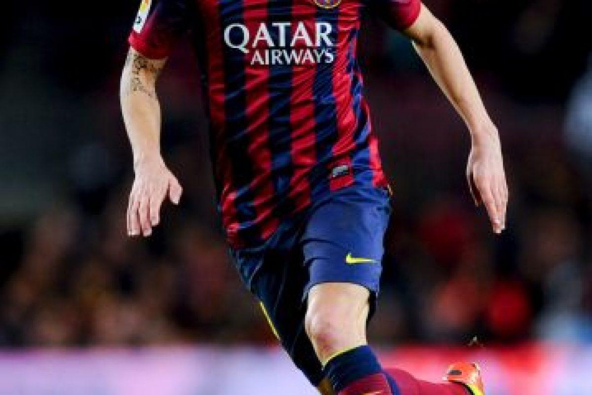 """""""Mou"""" le dio un golpe al catalán en la escandalosa Supercopa de España de 2011. Foto:Getty Images"""