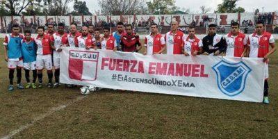 El fútbol de ese país se ha solidarizado con la pérdida de Emanuel Ortega Foto:Vía www.facebook.com/sanmaoficial
