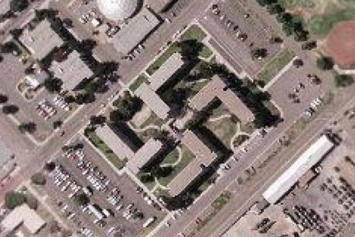 ¿Edificio o símbolo nazi? Foto:Google