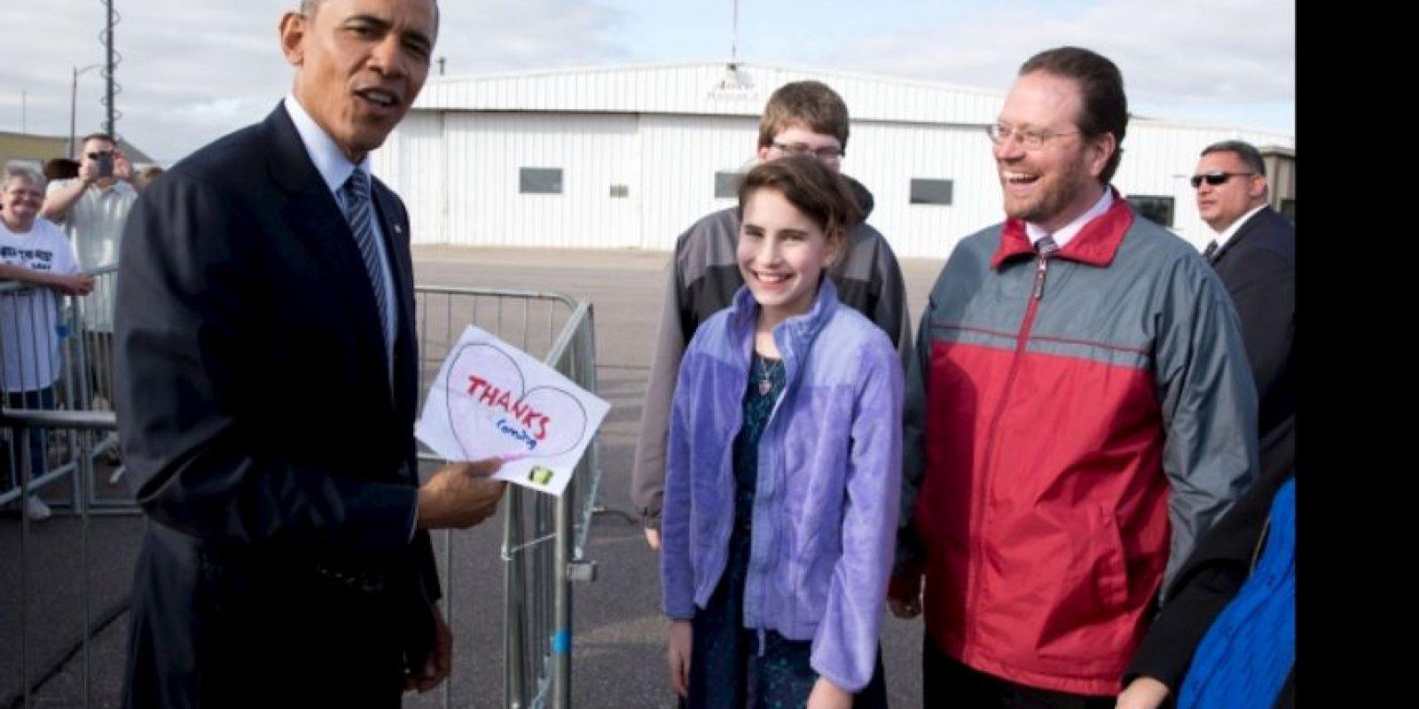 El presidente Barack Obama repara el corazón roto de Rebecca Kelley. Foto:Vía www.whitehouse.gov