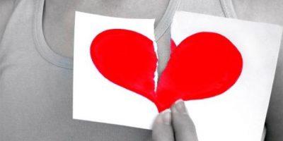 6. Persecución: Cuando una persona tiene una gran necesidad de presencia física para sentirse amada, o aquella que espera una constante conexión emocional de su pareja para estar tranquila, reaccionará al primer indicio de distancia como si fueran señales de un apocalipsis romántico. Foto:Pinterest