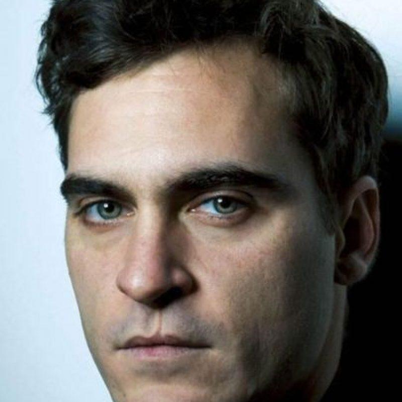Tiene una interesante cicatriz sobre su labio. Foto:vía Getty Images
