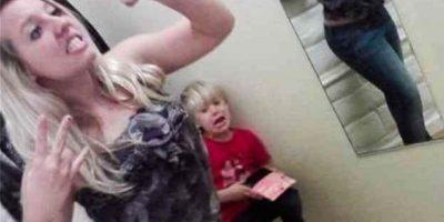 FOTOS: 33 peores selfies de mamás acompañadas por sus hijos