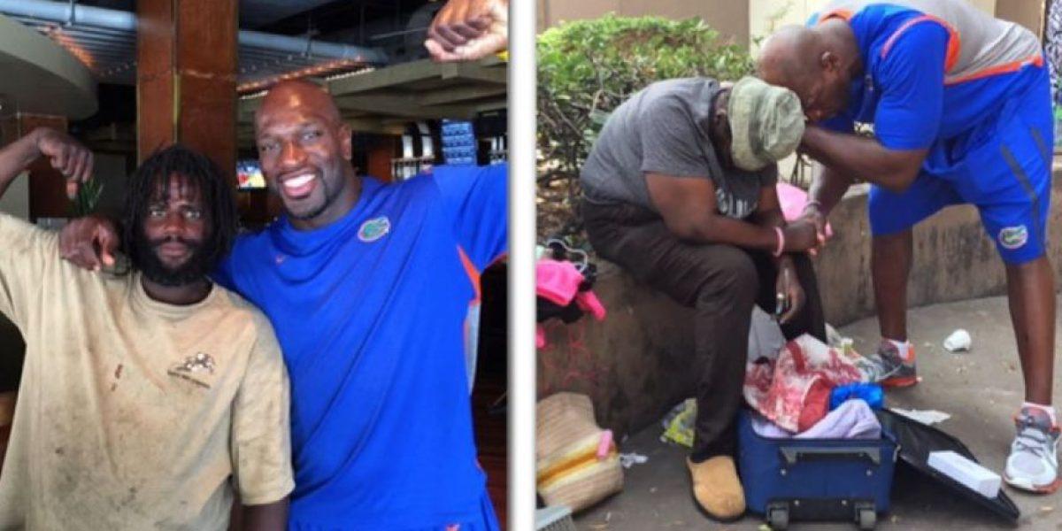 El luchador con mejor corazón de la WWE invita a comer a vagabundos