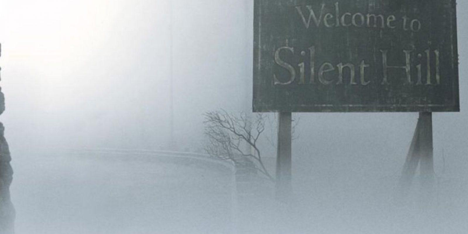 El pueblo maligno lleno de niebla. Foto:vía Instagram
