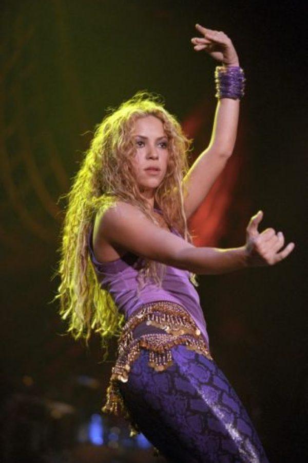 """Shakira cuando cantó """"Ojos así"""". Foto:vía Getty Images"""