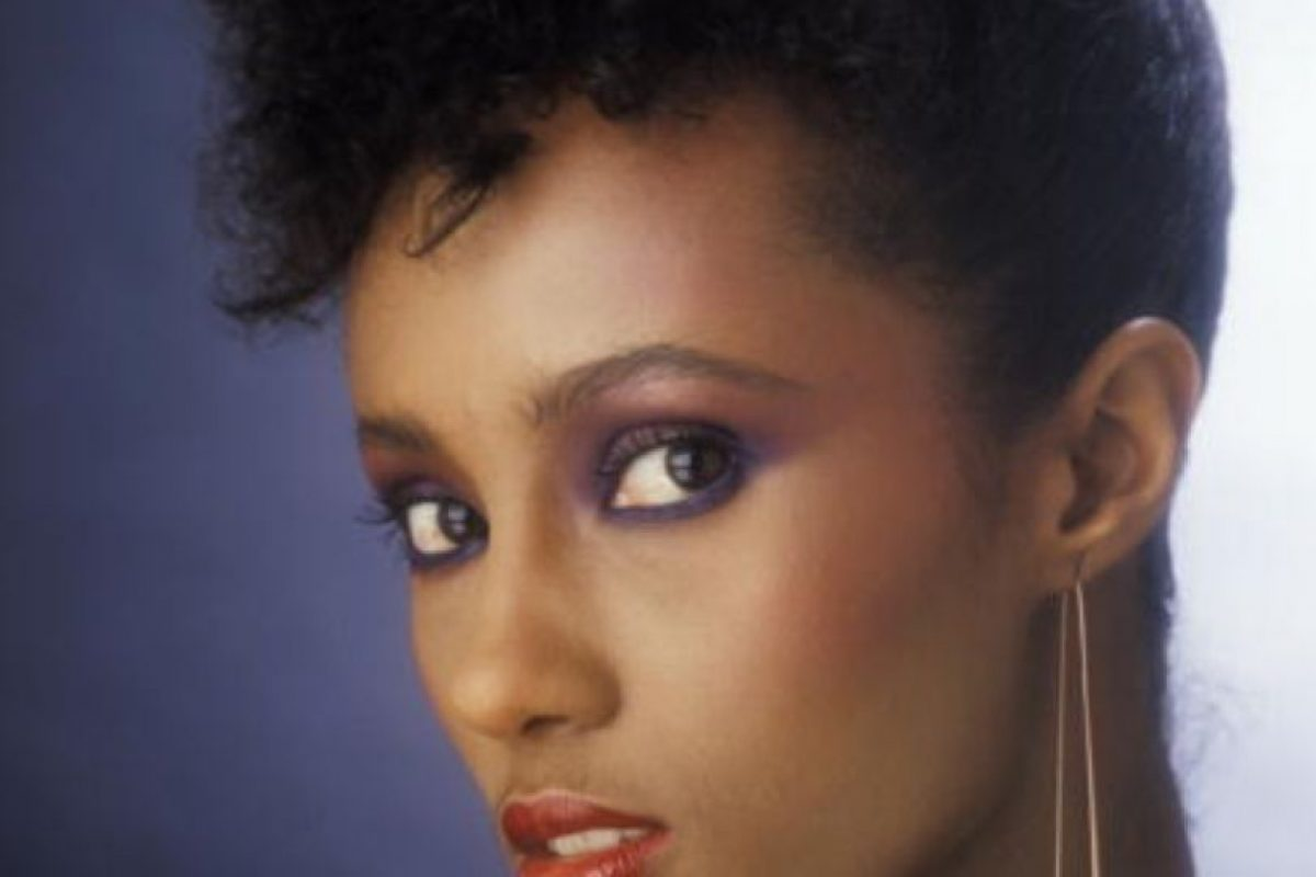 6. La famosa modelo Iman tiene una hija de su primer matrimonio, Zulekha Haywood. Foto:vía Getty Images