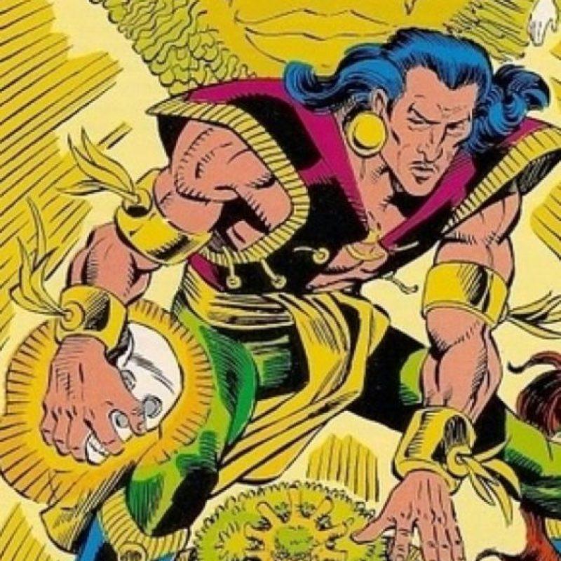"""""""Extraño"""" no es el """"Dr. Strange"""". Es gay y mago, apareció en los años 80. Foto:vía DC Cómics"""