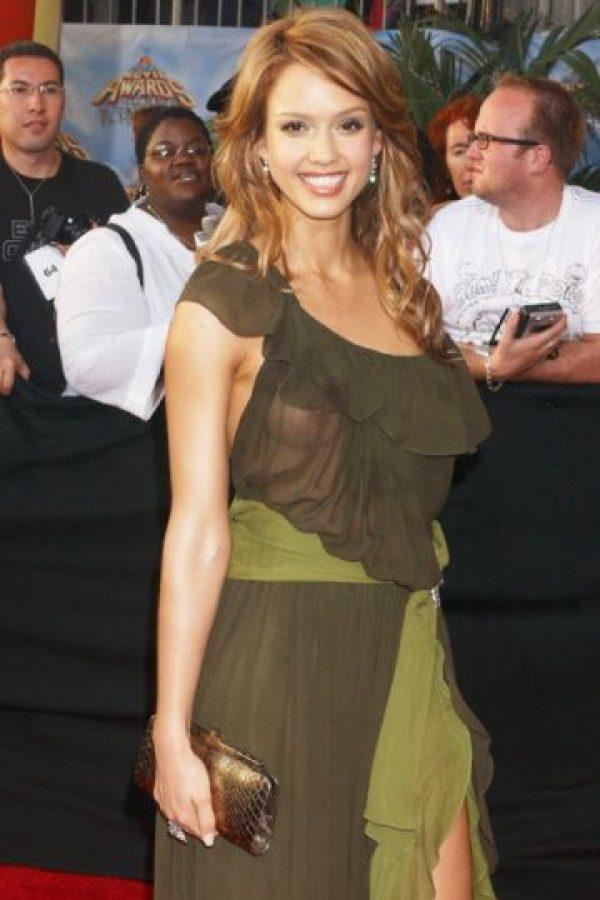 Jessica Alba, cuando se vestía mal. Foto:vía Getty Images