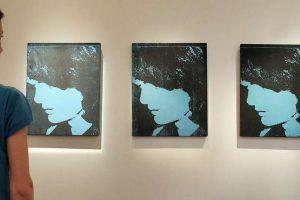 Retrato en azul y de perfil de Jackie Kennedy Foto:Flickr