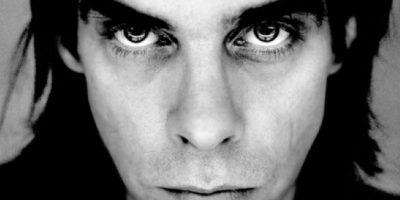 """6. El músico y actor australiano, Nick Cave, solía adoptar esa pose magnética del mayor exponente del """"Art Pop""""."""