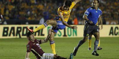 El comentarista se vio obligado a retractarse de lo que dijo sobre Jorge Isaac Rojas. Foto:ESPN, AFP, EFE y AP