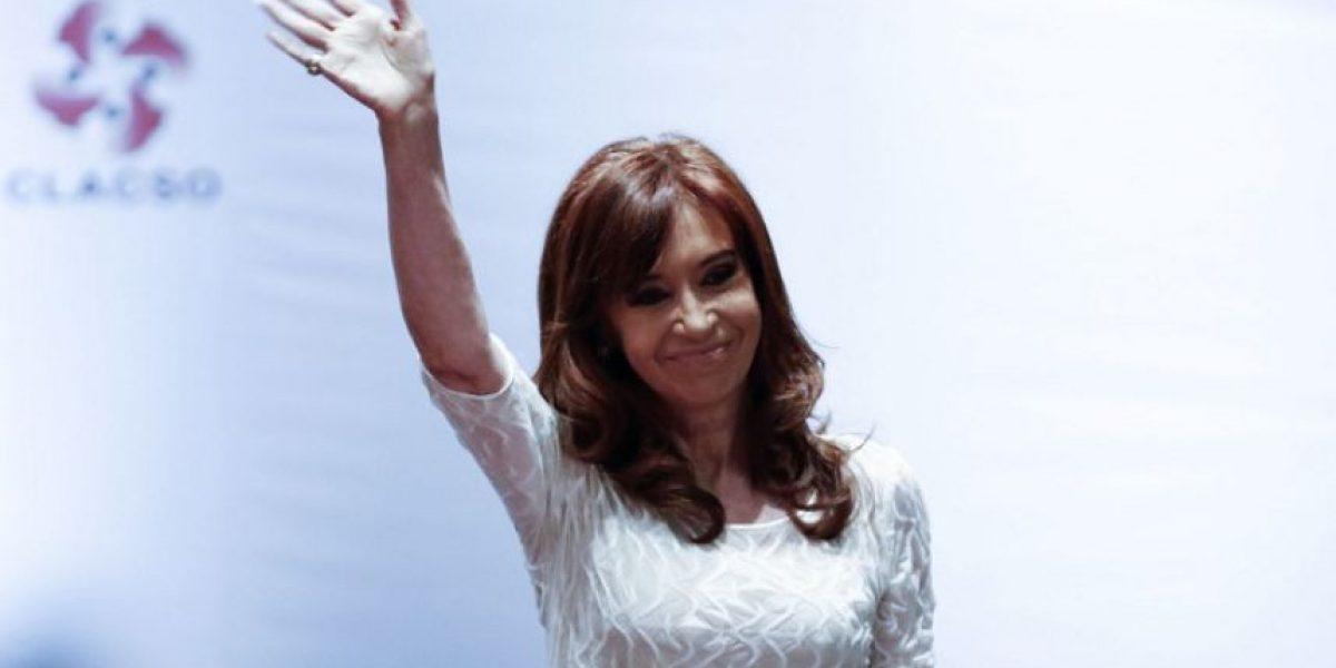 Procesan a la expresidenta argentina Cristina Kirchner por asociación ilícita