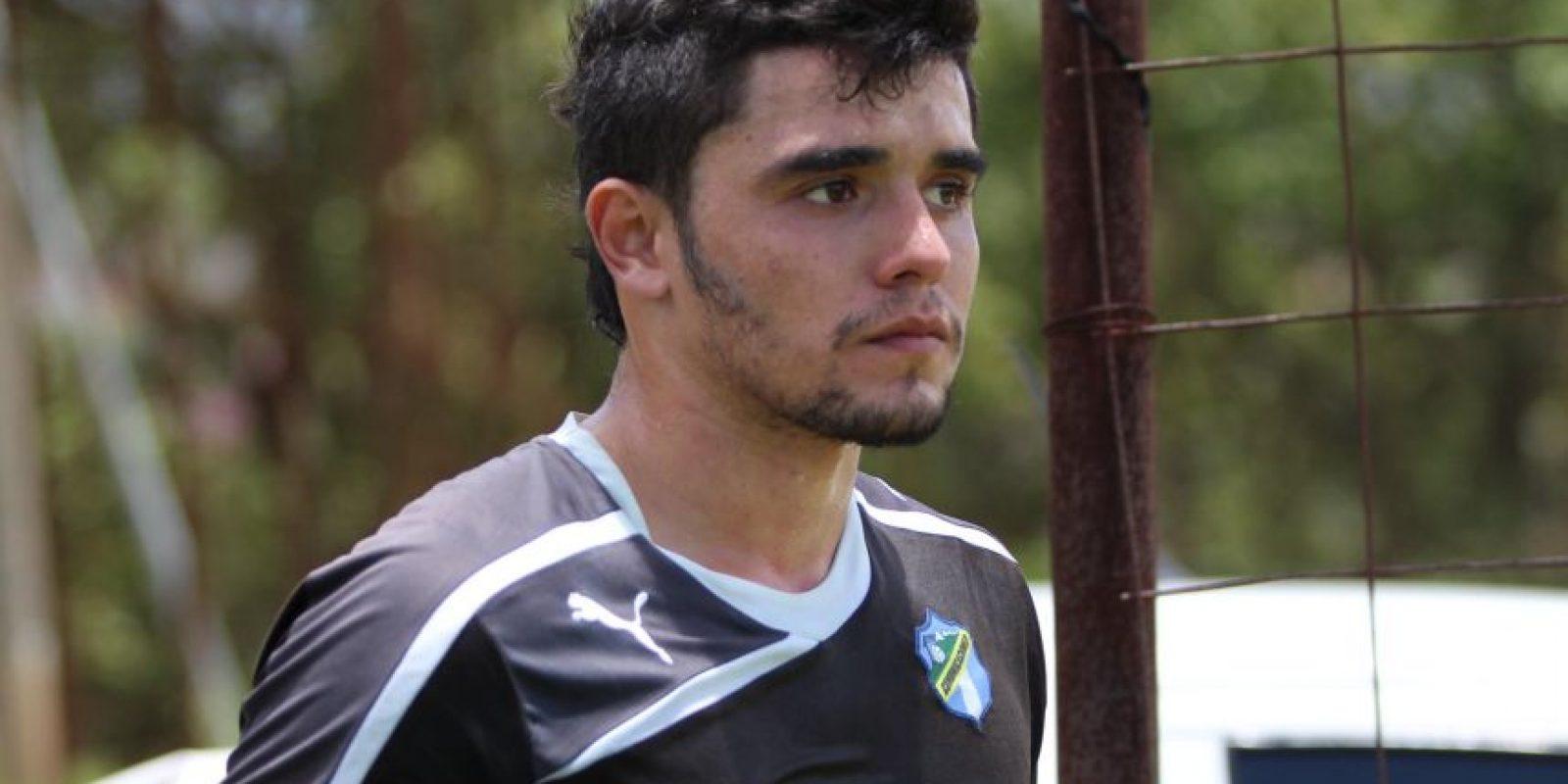 Lozano quedó al margen del plantel luego de un torneo. Foto:EU Deportes