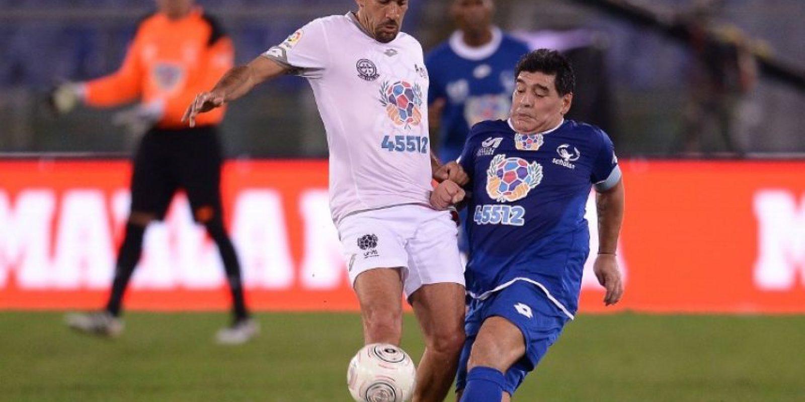 A sus 40 años, Verón decidió volver a la práctica del futbol con Estudiantes de la Plata, el club del que también es presidente. Foto:AFP