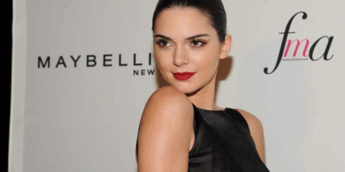 VIDEO. ¡Confirmado! Kendall Jenner usa rellenos y luce labios más carnosos