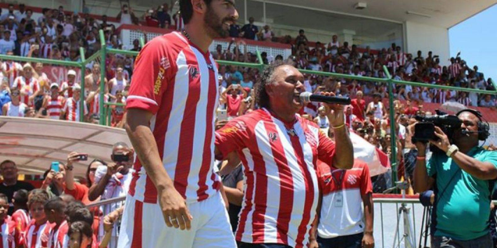 A sus 40 años, el retiro aún no es una posibilidad para el uruguayo Sebastián Abreu. Foto:Bangu
