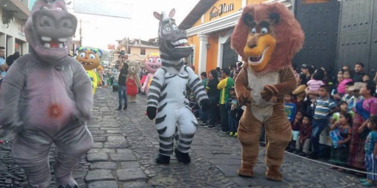 El baile de disfraces de Sumpango cumple 36 años y no se detiene