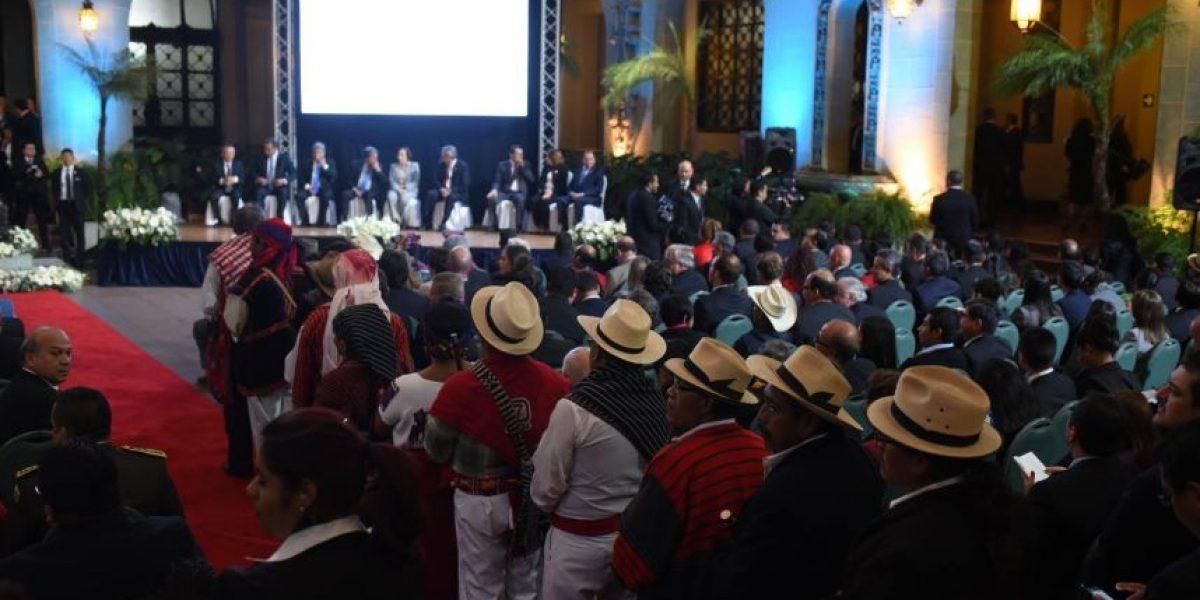 Autoridades ancestrales invitados al 20 aniversario de Firma de la Paz, pero hasta atrás
