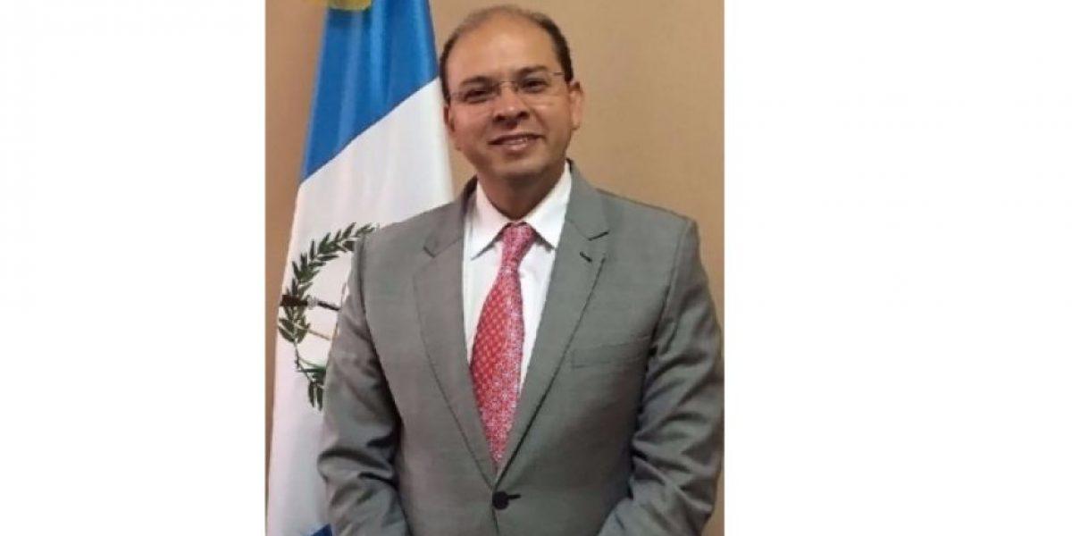 Jimmy Morales se queda sin su secretario privado