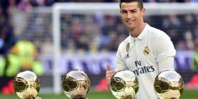 Cristiano Ronaldo presenta su cuarto Balón de Oro al madridismo
