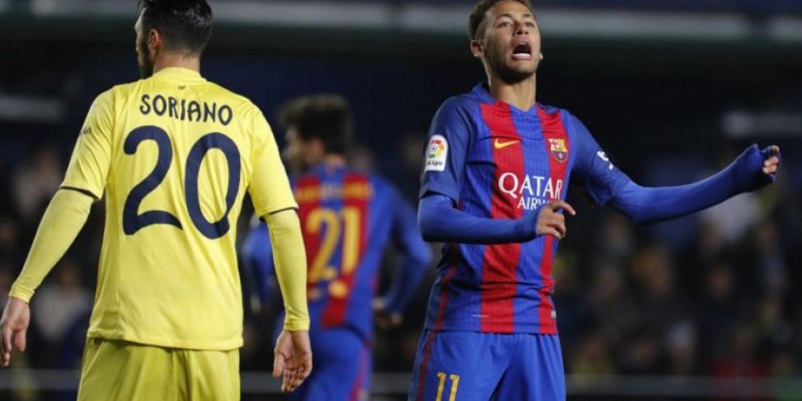El cuadro azulgrana no ha encontrado su mejor forma y este domingo empató contra el Villarreal en su reaparición en la Liga. Foto:AFP