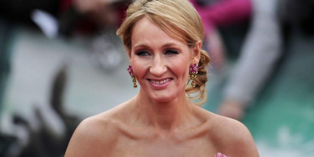 Manuscrito de J.K. Rowling alcanza los 440,000 euros en subasta