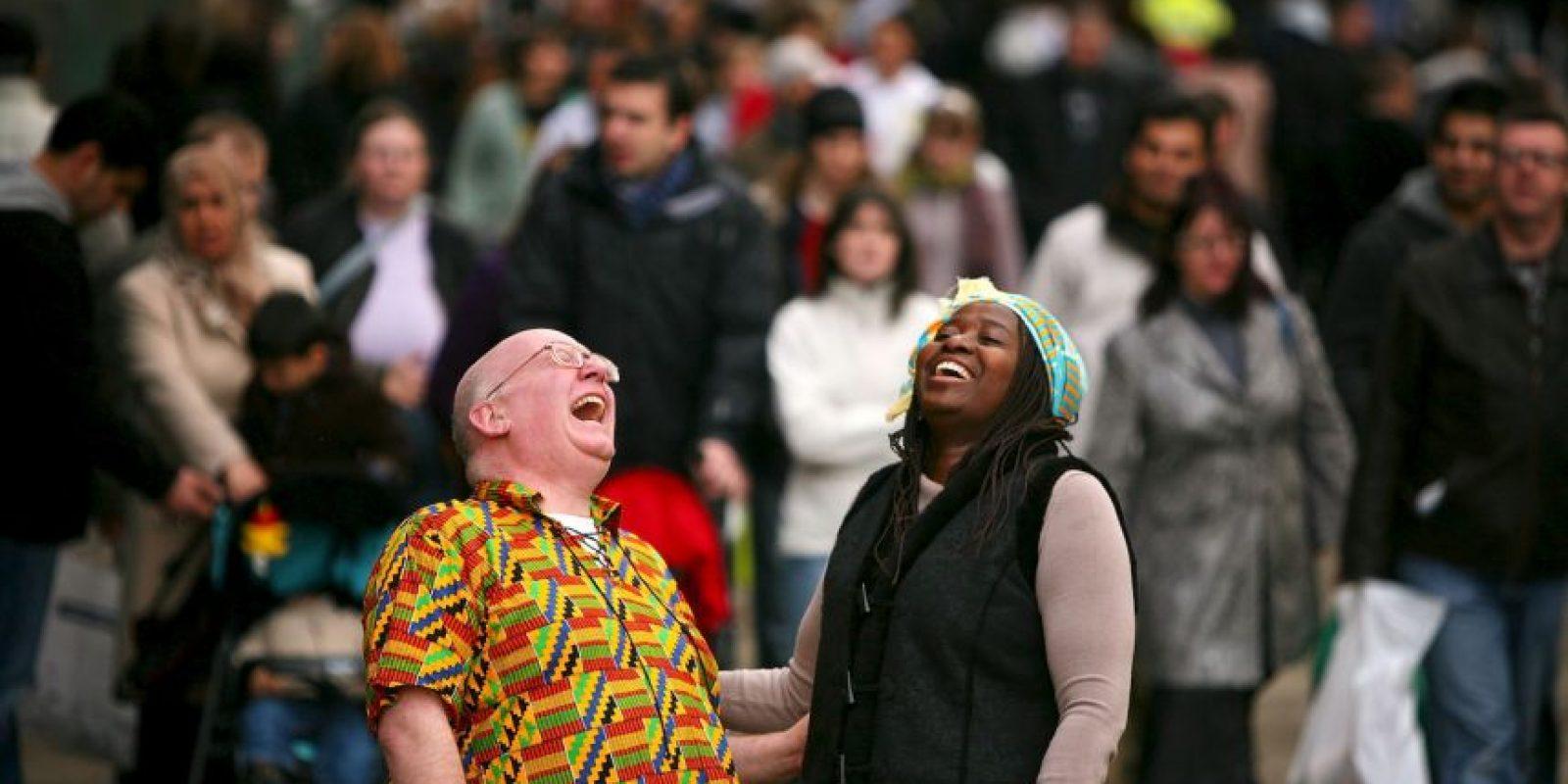 También actúan como analgésicos naturales del cuerpo. Para los que sufren de dolor crónico, reír y sonreír puede ser un eficaz tratamiento. Foto:Getty Images