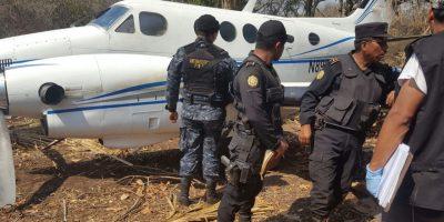 Fiscalía contra narcoactividad investiga caso de avioneta abandonada en Retalhuleu