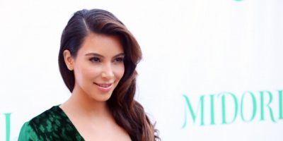 Kim Kardashian pasea por las calles de Nueva York sin sostén