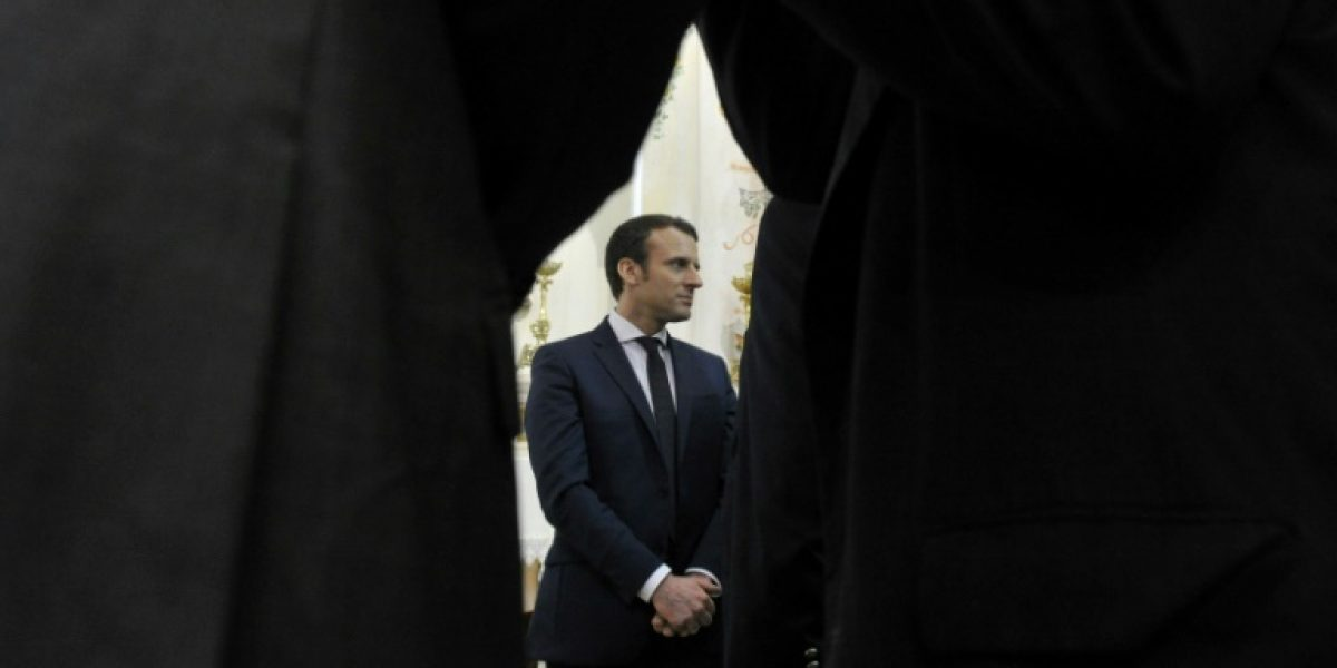 El candidato francés Macron denuncia ataques informáticos