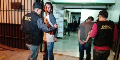 Capturan a taxistas sindicados de extorsión en Mixco
