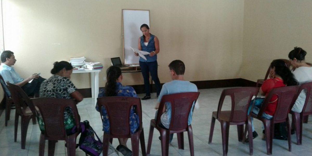 En Guatemala hay más de 1 millón de personas que no saben leer ni escribir