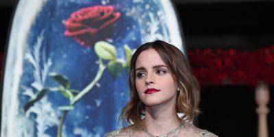 Desata polémica foto en toples de Emma Watson
