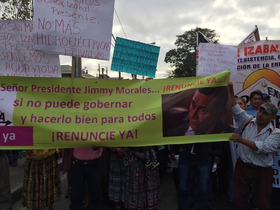 Campesinos guatemaltecos piden renuncia de Jimmy Morales