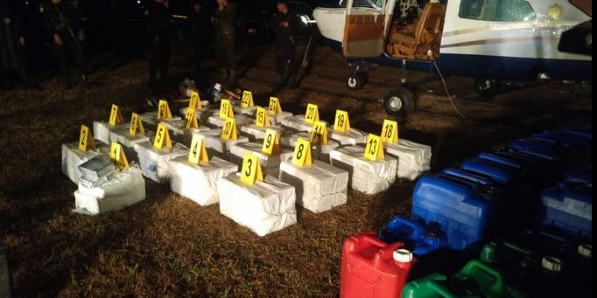 Capturan a siete personas cuando llevaban 433 paquetes de cocaína