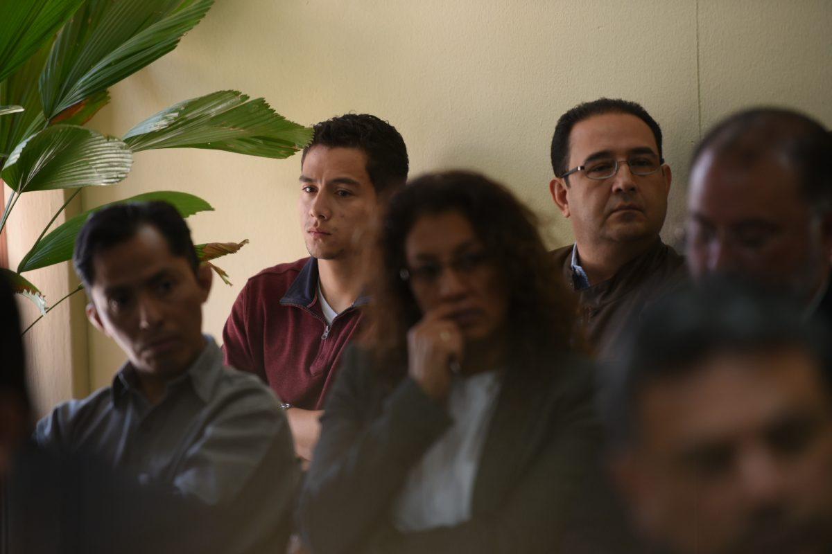 """Samuel """"Sammy"""" Everardo Morales Cabrera y José Manuel Morales Marroquín, hermano e hijo del presidente Jimmy Morales. Imagen Por: Edwin Bercián"""